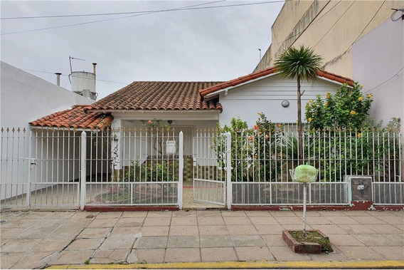 Alquiler Casa 4 Amb Cochera Patio Parrilla Lanus
