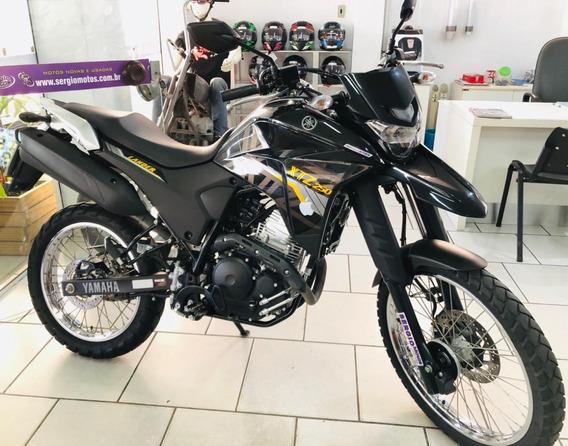 Yamaha Lander 250 Abs Preta