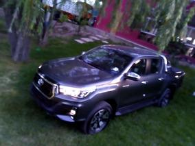 Toyota Hilux 2.8 4x4 Automática