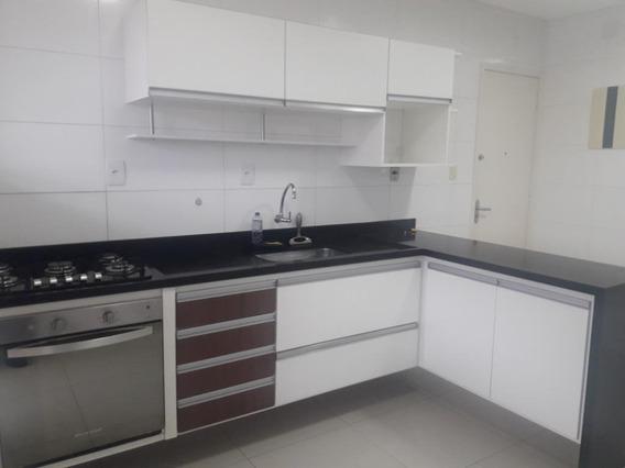 2 Dormitórios Reformado - Ap4400