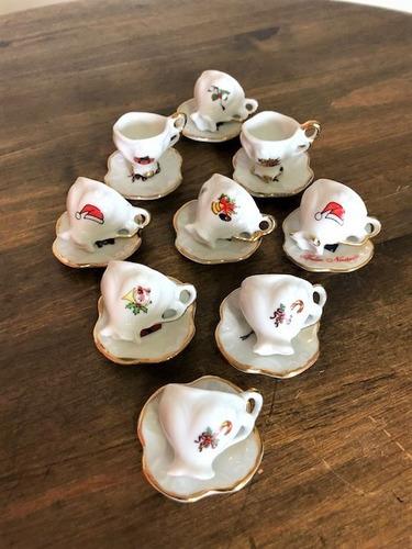 Imagem 1 de 7 de Kit 9 Mini Xícaras De Porcelana - Natal