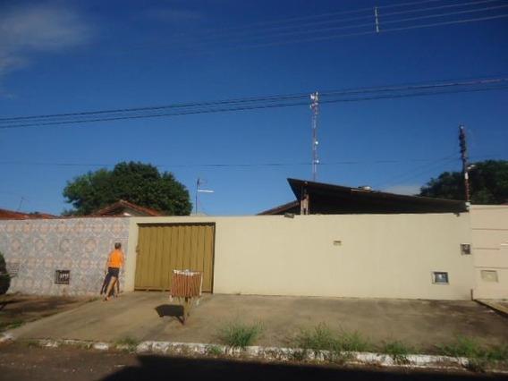 Casa Em Garavelo Residencial Park, Aparecida De Goiânia/go De 64m² 3 Quartos À Venda Por R$ 135.000,00 - Ca248596