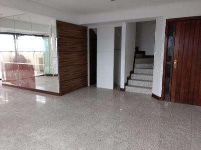 Cobertura 03 Suítes, 196m², 04 Garagens - Rio Vermelho - Co0086