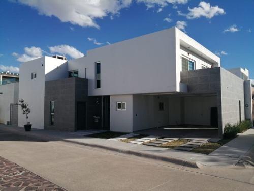 Casa En Venta, La Querencia, Presa Sandovales 201, Int 5, Aguascalientes, Rcv 347075
