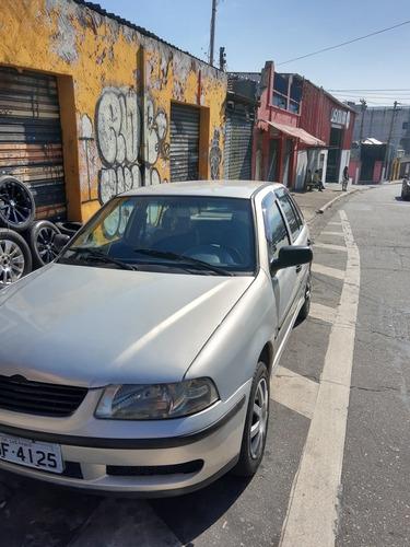 Imagem 1 de 15 de Volkswagen Gol 2001 1.0 16v Plus 5p Vendo E Troco