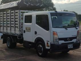 Nissan Cabstar Doble Cabina Estacas Permuto