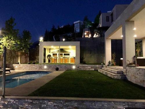 Imagen 1 de 30 de Gran Oportunidad Preciosa Casa Condominio Lo Barnechea