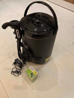Garrafa Tereré Jet Black Inox 9,5 L C/suporte De Copo Fonte