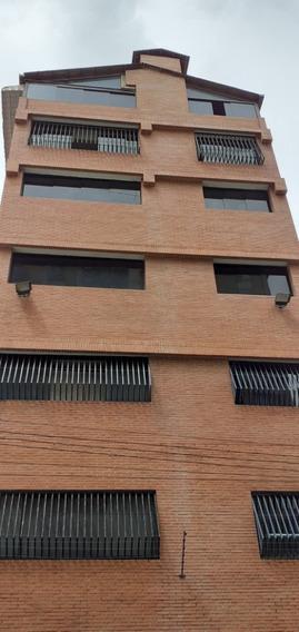 Edificio En Venta Quinta Crespo / Rjla 04141822896