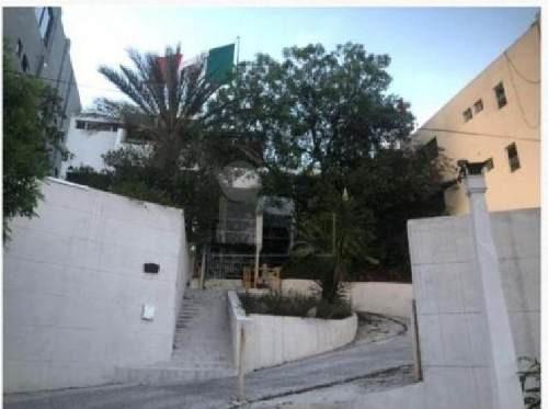 Súper Oportunidad Edificio En Venta Col. Obispado, Ideal Para Inversionistas