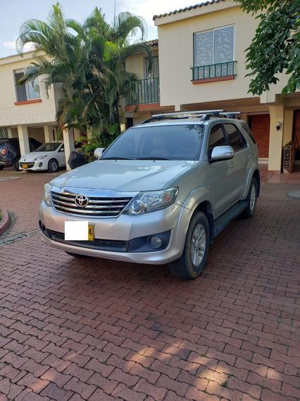 Toyota Fortuner 2.7 Sr5 Automatica 4x2 Full Equipo-7 Puestos