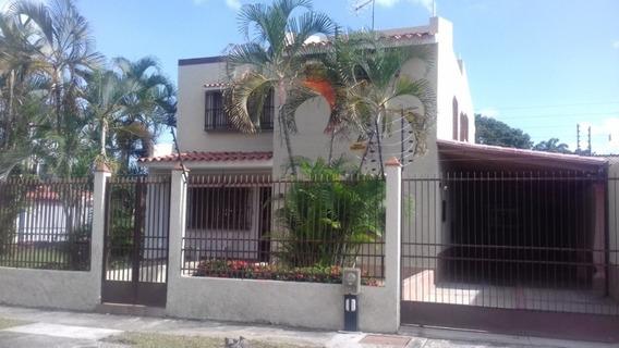 Casa En Venta En Trigal Norte Calle Cerrada