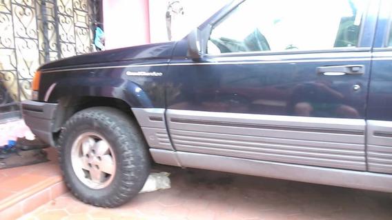 Grand Cherokee Laredo 1995 V8 5.2 4x4