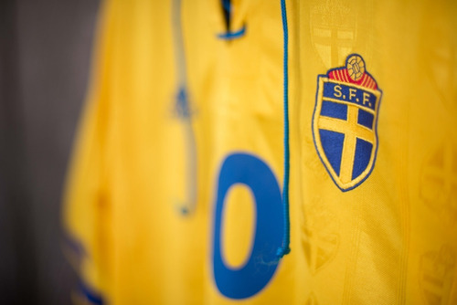 Suécia 1998 adidas Uniforme 1 Número 10 Tamanho P