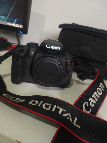 Câmera Eos Rebel T5i + Lentes Canon 50mm + 18-55mm