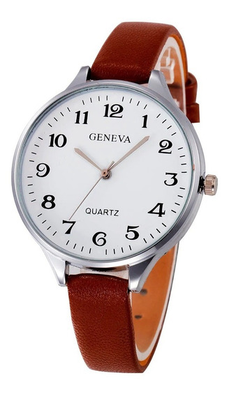 Relógio Feminino Geneva Couro Marrom Fundo Branco