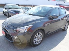 Toyota Yaris R Xle At 2016 Gris Comonuevo 3 Años D Garantia