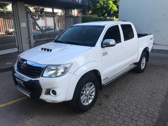 Toyota Hilux 3.0 Cd Srv Cuero 171cv 4x4