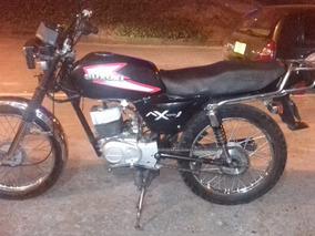 Moto Suzuki Japanese Ax 100 Negra
