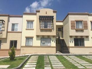 Hermosa Casa Duplex En P.b. En Renta En Real Solare Qro. Mex.