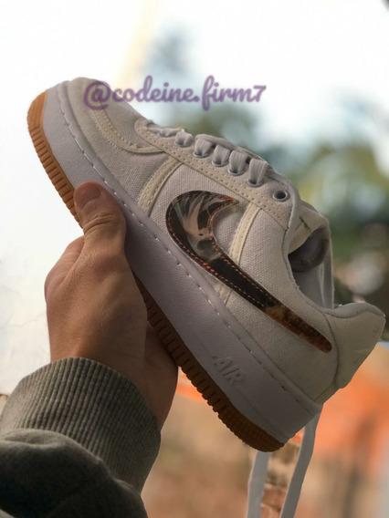 Tênis Nike Air Force Travis Scott