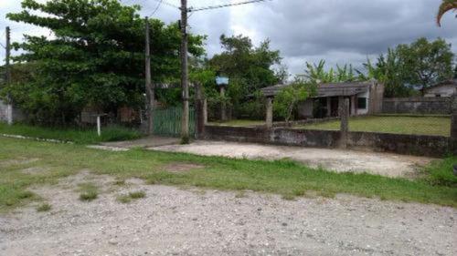 Casa Com Terreno De 900 Mts Em Peruíbe Litoral Sul- 3815 Npc