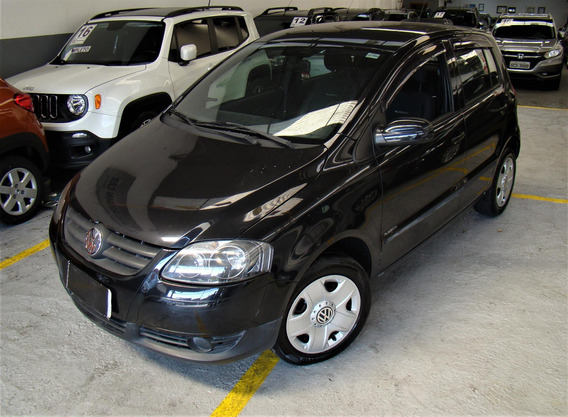 Volkswagen Fox Black 1.0 8v (flex) 4p Flex Manual