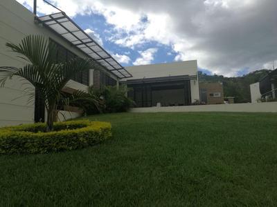 Casa Campestre Exclusivo Condominio