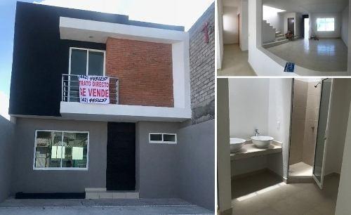 Preciosa Casa En Jardines De Santiago, 3 Recámaras, 2.5 Baños, 2 Autos, Estancia