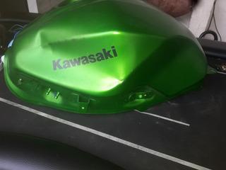 Tank Kawasaki Z300 Avariado