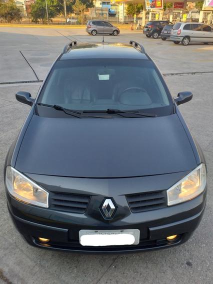 Renault Megane Grand Tour Dynamic 2.0 Aut