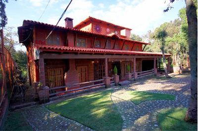 En Villa Del Carbón