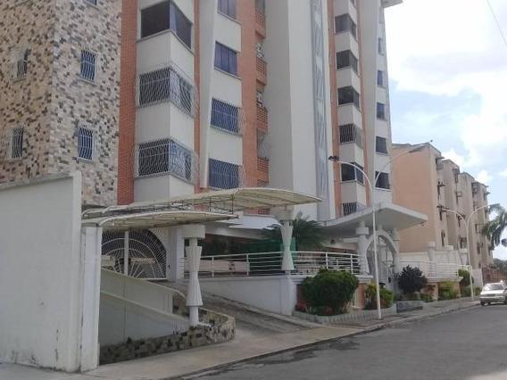 Apartamento Urb Los Chaguaramos Mls 19-14872 Jd