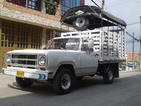 Vendo Hermosa Camioneta Dodge 100 De Estacas.
