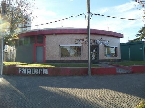 Oportunidad Bajo De Precio!!! Local Mas Casa En Alquiler
