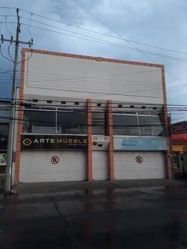 Local Comercial En Renta Sobre Cuahutemoc, 275m2 De Terreno 3 Niveles