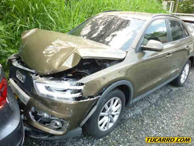 Chocados Audi Wagon Q3 Quattr-tfsi