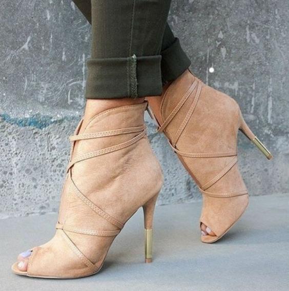 Sapato Importado Unkle Boot Em Camurça Salto Metal