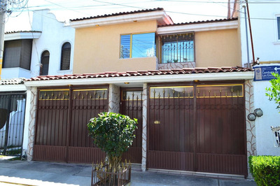 Casa - Fraccionamiento Jardines De Santa Isabel