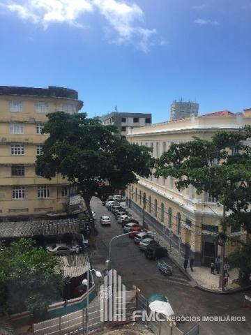 Apartamento Padrão No Predio Comercial Na Av Rio Branco - Vd1396-v