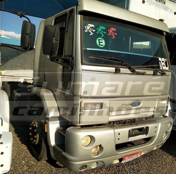 Cargo 4532 4x2 Cabine Leito - 2007