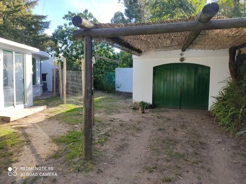 Casa En Maldonado, Pinares. Con Gran Patio Y Garaje