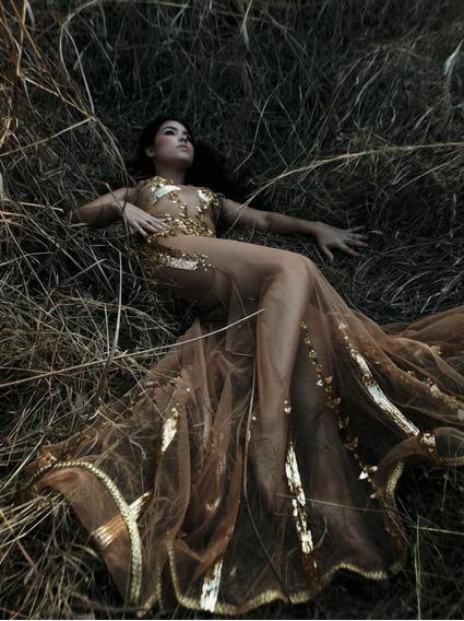 Vestido De Gala Dorado Transparencia