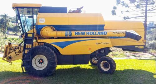 Colheitadeira New Holland - Tc 5070