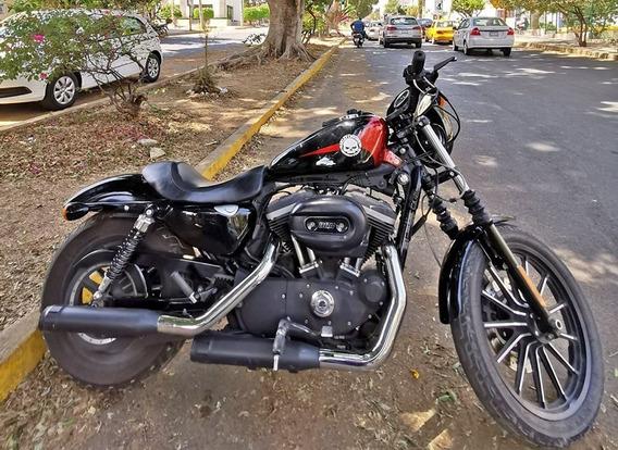 Harley Davidson Sportster Iron 883 (2012)