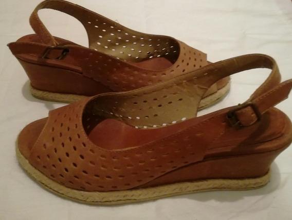 Sandalias Mujer Cuero, Color Suela, Taco Chino, Talle 38