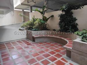 Apartamento En Venta Agua Blanca Valencia Cod 21-5355 Ddr