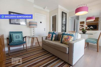 Apartamento No 3º Andar Mobiliado Com 2 Dormitórios E 2 Garagens - Id: 892804712 - 104712