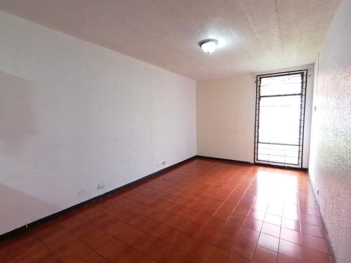 Imagen 1 de 8 de Alquiler De Apartamento En Desamparados Centro