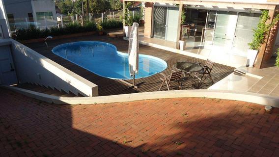 Casa Com 03 Quartos - Esplanada- R$ 1.200.000,00 - V432